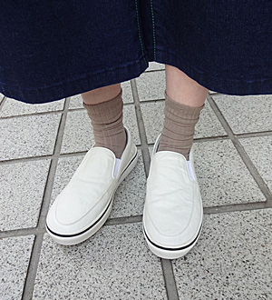 KEI Hayama PLUSデザイナー 葉山啓子おすすめ 毎日着たい定番アイテム おすすめ足元スタイリング コーデ03