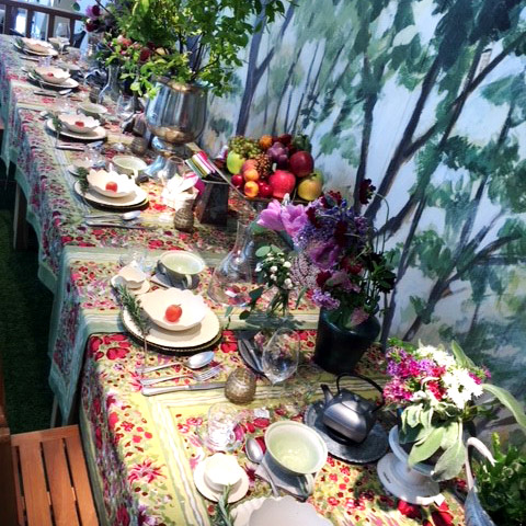 table:Garden Party